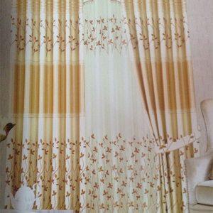 Rèm cửa hoa văn màu vàng