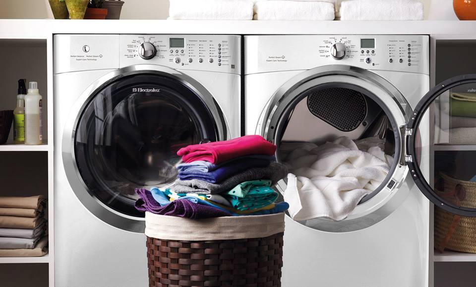 Dịch vụ giặt rèm cửa giá rẻ