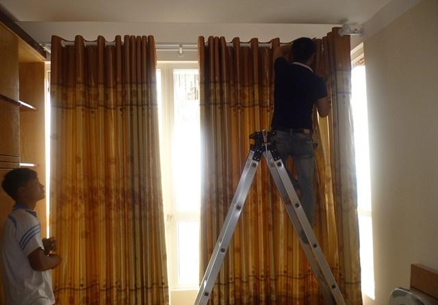 Rèm cửa được thi công vô cùng tỉ mỉ và tinh tế dù là với những không gian khó làm