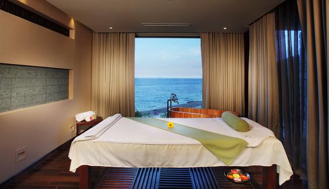Tư vấn và lắp đặt rèm cửa dành cho spa đẹp tại Hà Nội
